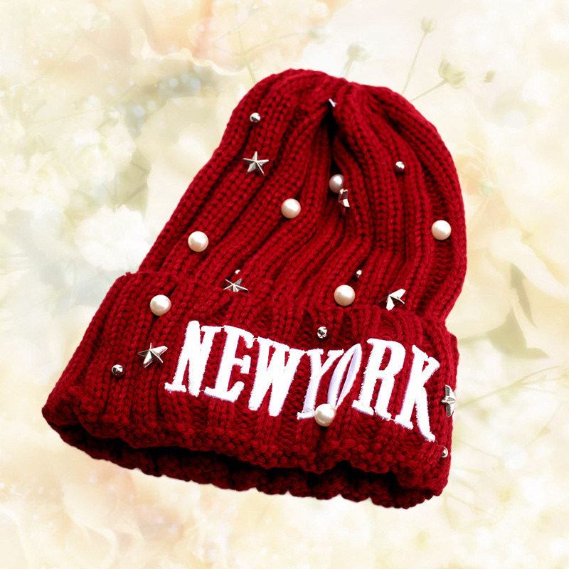2016 Autumn And Winter Female Hats Hot Selling The Knitting Letter rhinest Hat Casual Cap For Women and Men 10pc/lot