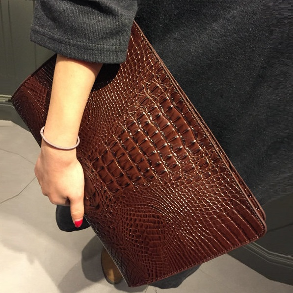 Hot crocodile bag envelope bag Women's envelope clutch party evening bags vintage retro women leather handbags tote hand bag(China (Mainland))