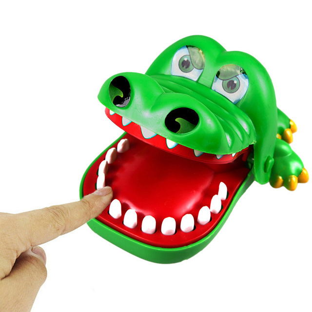 New Baby toys Baby Kids Large Crocodile Mouth Dentist Bite Finger Game Funny Toy Children Gifts Brand