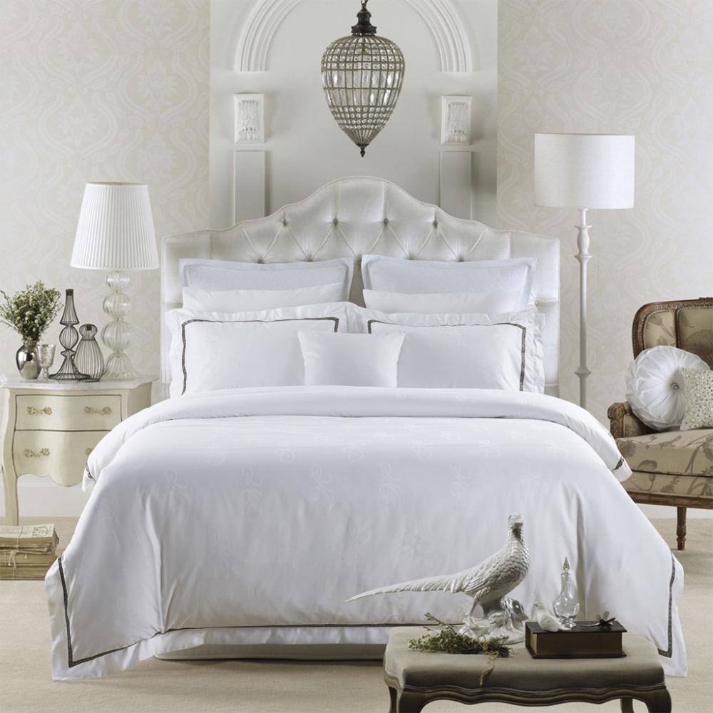 de luxe couvre lit promotion achetez des de luxe couvre. Black Bedroom Furniture Sets. Home Design Ideas