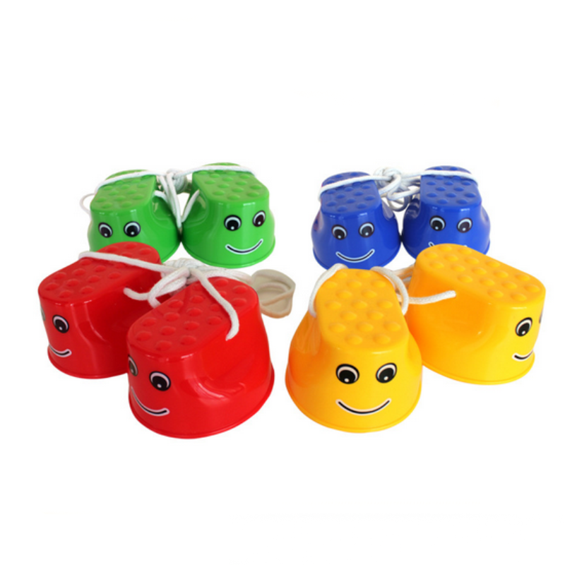 1 Pair Free Shipping Fun Cute Smiling Safe Stilts Plastic Child Games Outdoor Indoor Toys For Children Baby Kids Waking Gifts(China (Mainland))