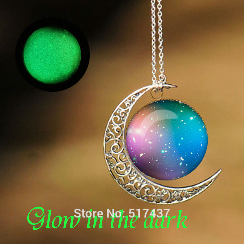 Glowing Pendant Universe Galaxy Pendant Glass Photo Cabochon Necklace Glow in The Dark(China (Mainland))