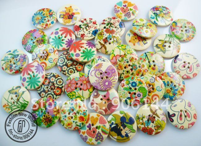 15%OFF 300pcs 30mm mixed pattern wood color sewing button cloth accessories button(China (Mainland))