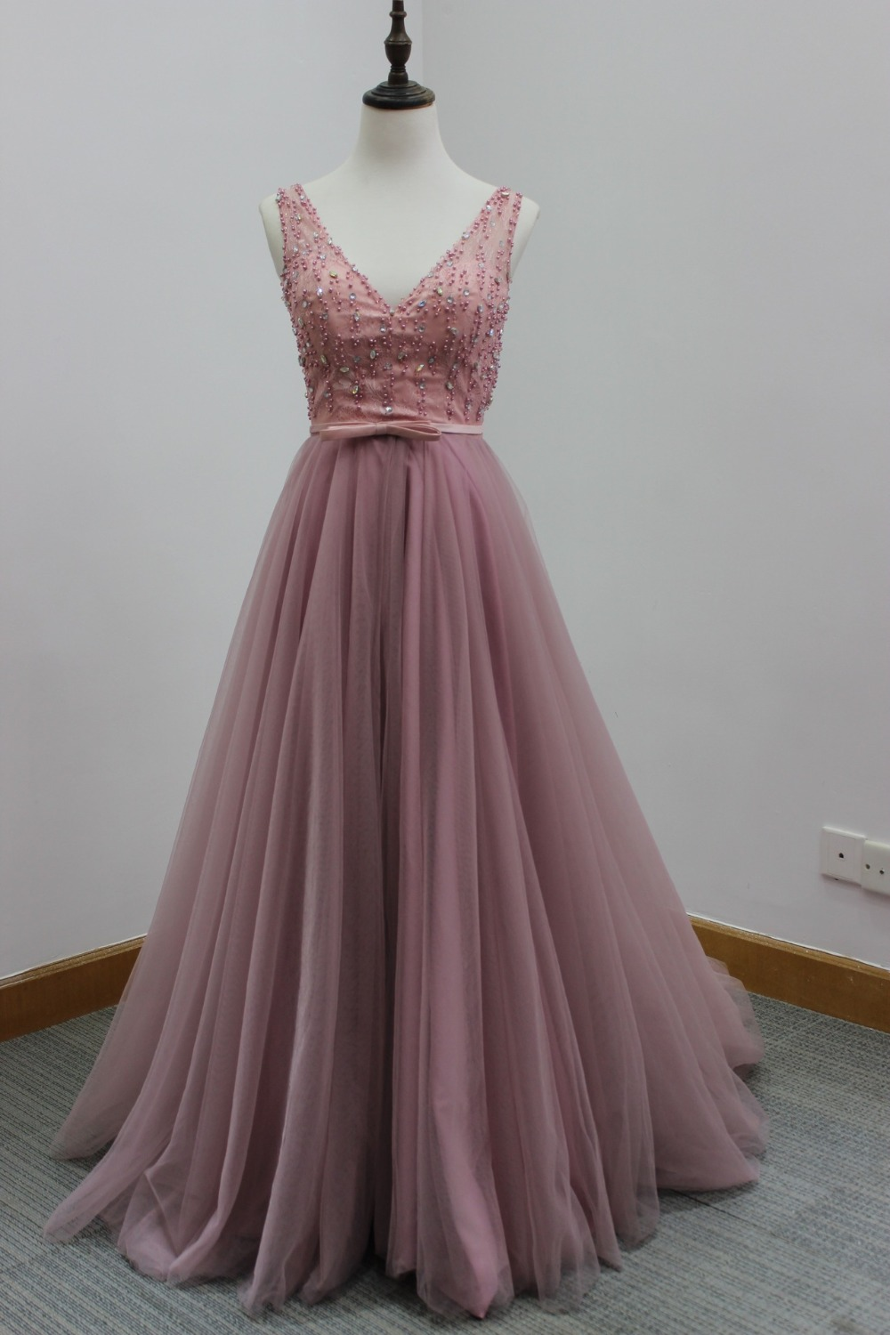 Vintage rose pink bridesmaid dresses for Antique rose wedding dress