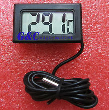 BLACK AQUARIUM TEMPERATURE GAUGE LCD DIGITAL THERMOMETER FOR FISH TANK(China (Mainland))