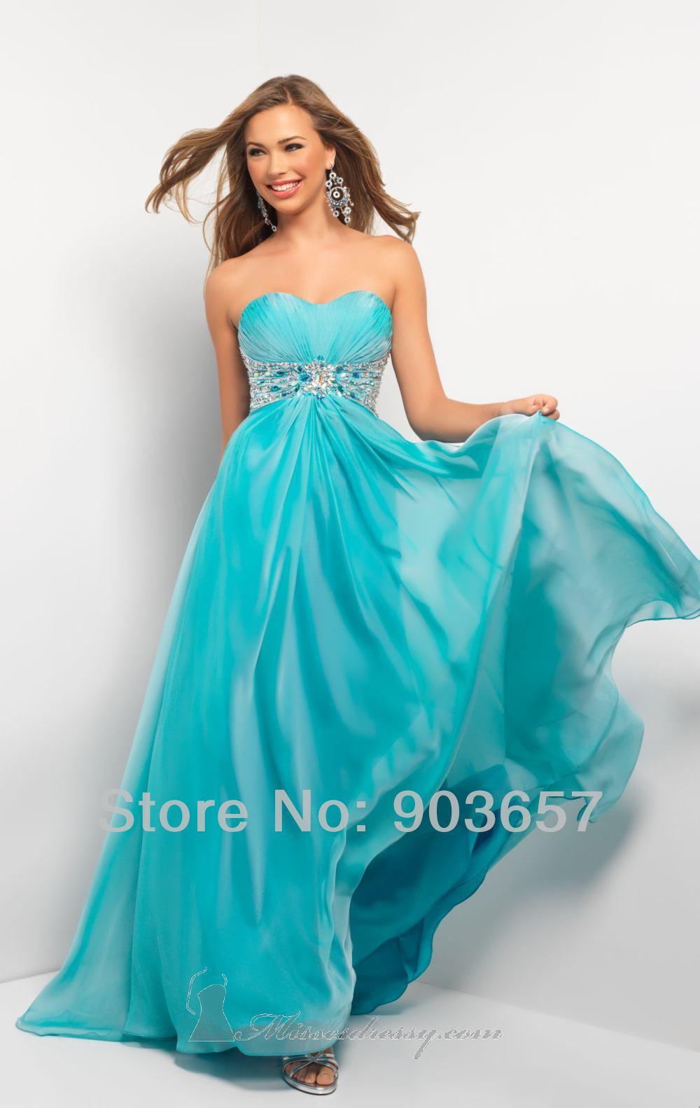 Вечернее платье на выпускной вечер