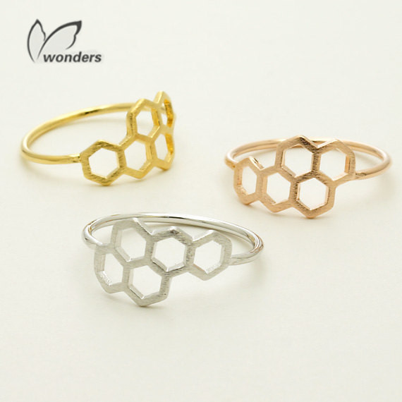 Wholesale 30 pcs/lot 2014 Vintage Honey Jewelry Cute Honeycomb Rings Queen Rolling Hexagon Metalwork Ring <br><br>Aliexpress