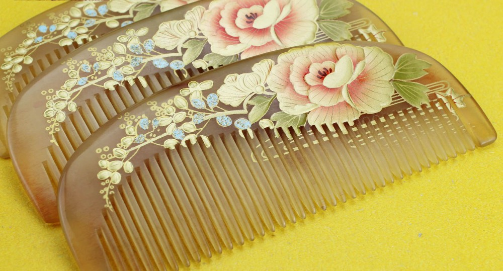 1pcs Natural Horn Comb Of Hair Health Care handmade print flower Hair Brush Hairdressing Pocket no static Comb best gift cheap