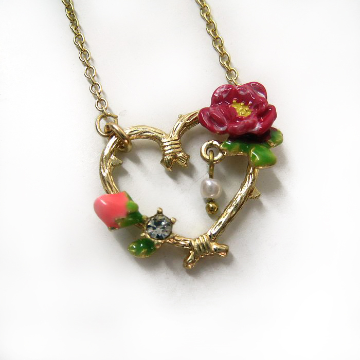 2015 new arrival jewelry French brand design les nereides necklace Fashion love heart oil rose flower necklace for women(China (Mainland))