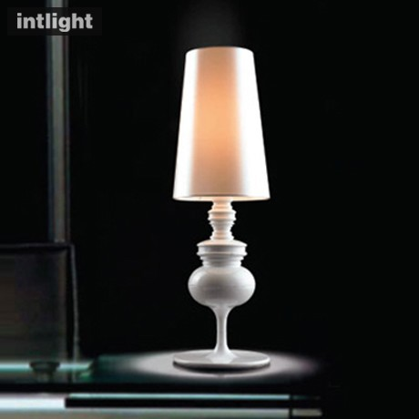 Guardian lamps bedroom lamps lighting the living room lamp bedside lamp European study creative arts personality lights(China (Mainland))