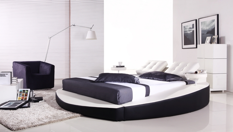 Bedroom Furniture European Modern Design Top Grain Leather Large King Size Soft Bed With