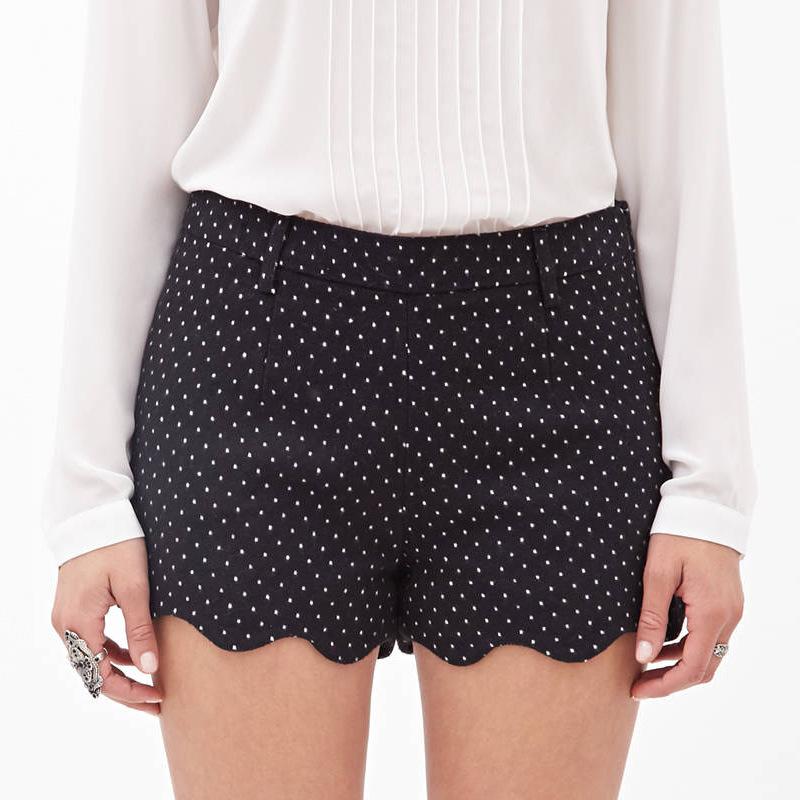 2015 Women's New fashion Europe and fine waves wavy hem back pocket micro-elastic waist shorts in cotton(China (Mainland))