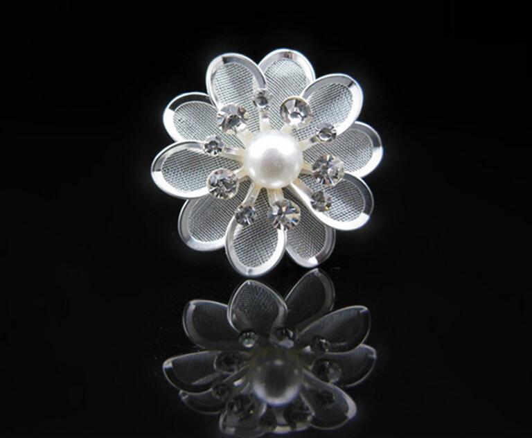 Lots of 120PCS Wholesale White Crystal Metal Flower+Pearl Hair Pins Hair Sticks Wedding party Bride hair grips Woman Girls(China (Mainland))