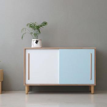 Dodge scandinave de meubles de style moderne petit for Armoire penderie style japonais