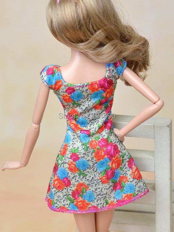 New 2015 Unique Colorized Flower Floral Skirt Costume Leasure Put on Clothes Garments Outfit For Kurhn Barbie Doll Child Toy Reward
