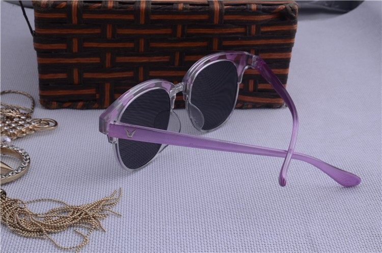 High-grade Sunglasses women with box Classic Cat Eye Style Brand Designer Fashion Shades black plastic Sun Glasses oculos de sol