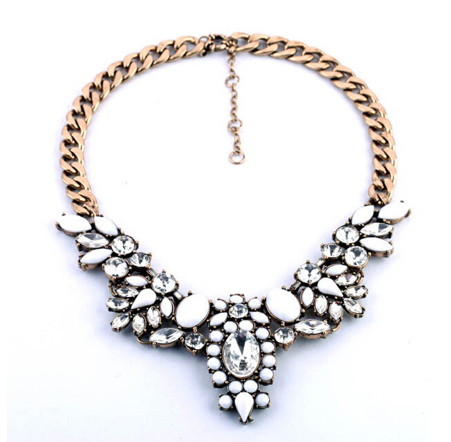 2015 FREE SHIPPING New Fashion Big Brand White Crystal Flower Statement Chokers Necklaces &amp; Pendants Jewelry for Women 126<br><br>Aliexpress
