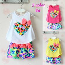 Clothing sets Girls Children set love print female child sleeveless T shirt and flower shorts new