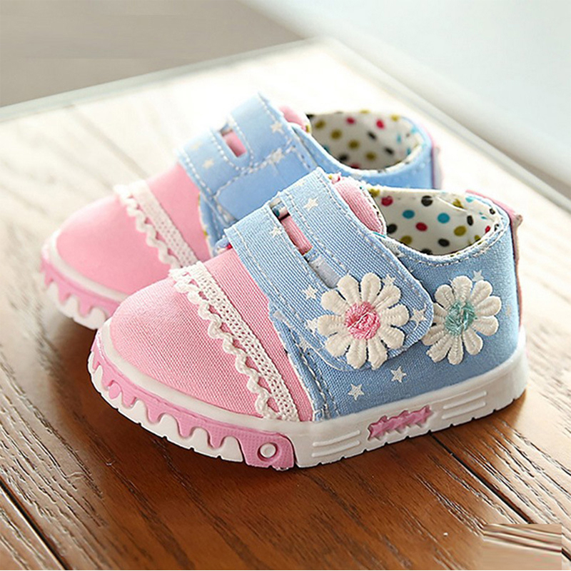 Kids Causal Canvas Shoes Baby Girls Princess Flower First Walker Infant Girl Magic Hook Moccasins 2016 Soft-Soled Flats(China (Mainland))