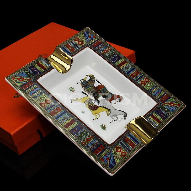 High-end Horse Pattern Bone China Ceramic Cigar Ashtray 2 Slot(China (Mainland))