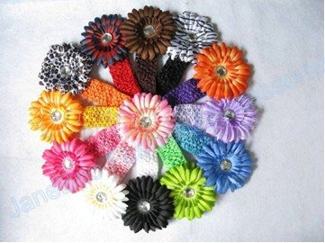 free shipping wholesale 1000pcs 1.5 inch Gerbera Crochet band girls 4'' daisy baby hair bow clip flower Headband fast deliever(China (Mainland))