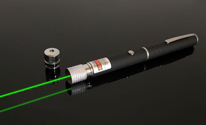 1pcs New 2 in 1 532nm 500mw green laser pointer ,Laser pen with star head / kaleidoscope light Stage Light Free Shipping(China (Mainland))