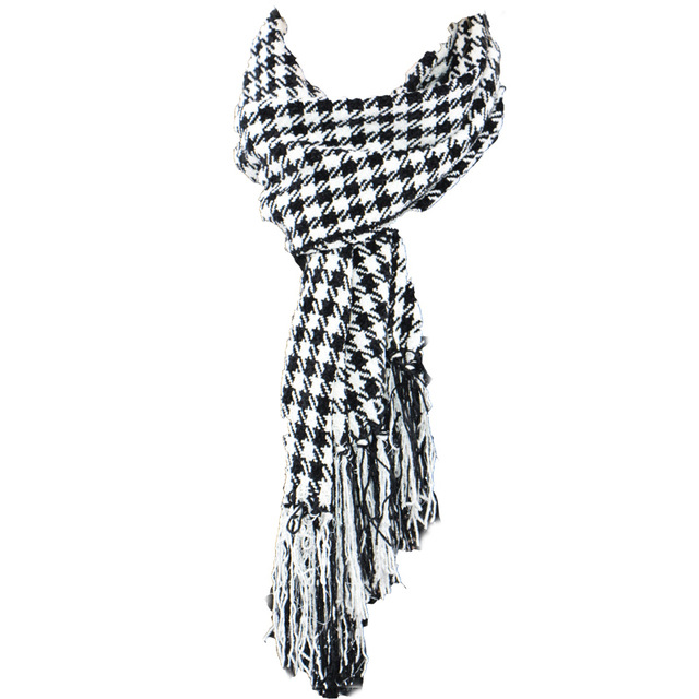 2016 New Cashmere Unisex Black White Warm Knitted Wool Plaid Long Thick Women Tassel Glitter Houndstooth