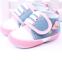 Butterfly Printed Canvas Baby Shoes Infant Girls Soft Sole Shoes Booties Newborns Prewalker 0-1Y(China (Mainland))