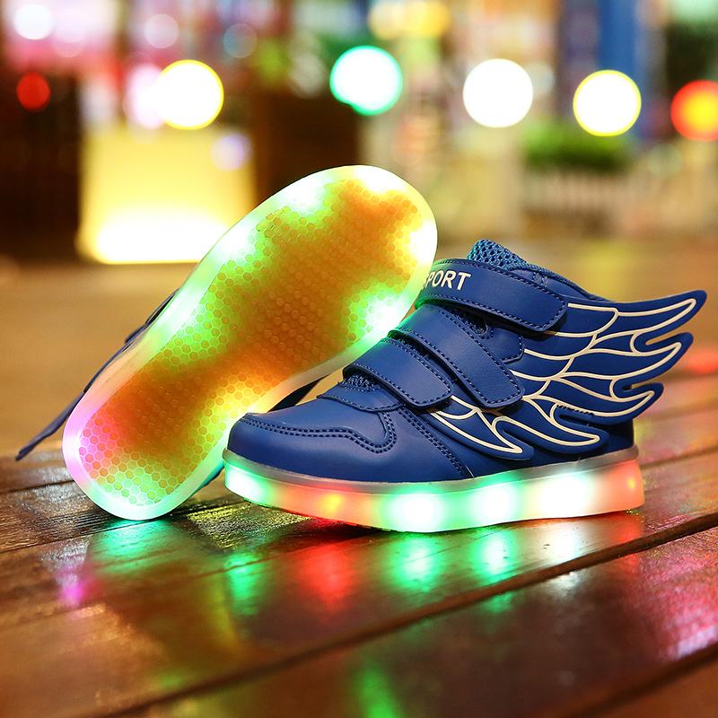 Обувь для галечного пляжа фото
