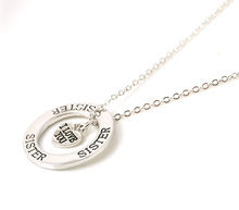 """Fashion Alloy Jewelry """"I love you sister"""" Letter Pendant Necklace Circle Necklaces Sister Love Gifts free shipping(China (Mainland))"""