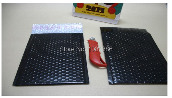 Size 20*25cm +4cm Free Shipping Black bubble padded mailer envelopes ,black shipping envelope(China (Mainland))