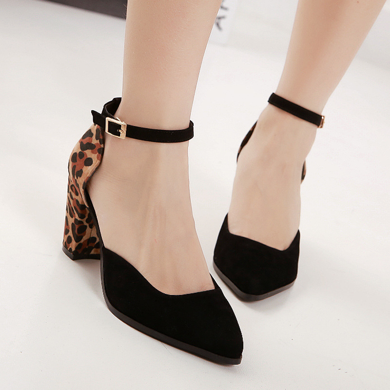 A generation of fat in summer and autumn 2015 leopard splicing coarse shoes with pointed hollow