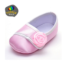TODDLEWALK 2016 New Born Baby Rose Shoes Silk Cloth BeBe Items Toddler First Walkers Infant Frozens zapatos 1503-BB06(China (Mainland))