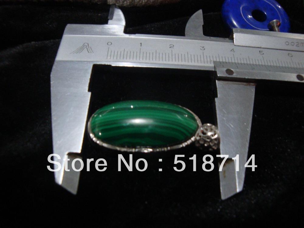 Natural crystal malachite pendant female silver serging Zambia malachite insulation accessories to ward off bad luck(China (Mainland))