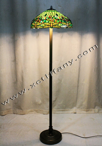 Upscale tiffany floor lamp dragonfly series 18 inch light for Tryphena tiffany floor lamp