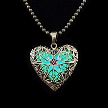 Vintage Gold Hollow-out Heart Locket Pendant Necklace Blue Light Glow In The Dark Necklace Long Chain Sweater Necklaces Jewelry