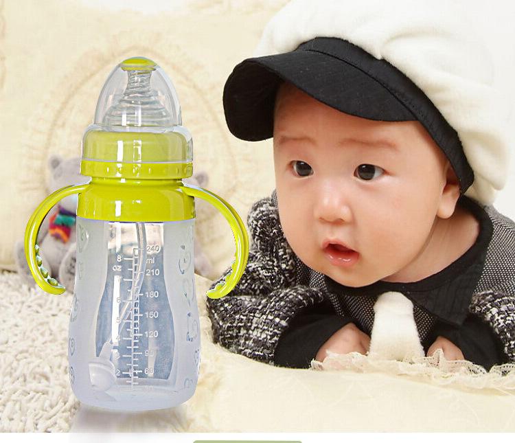 Alta qualidade 240 ML mamadeira com alça coração bonito impresso garrafa de calibre padrão Anti flatulência para recém-nascido infantil(China (Mainland))