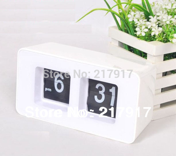 FREE SHIPPING Flip Clock Retro File Down Page Clocks Digital table clock White Colors Promotion(China (Mainland))