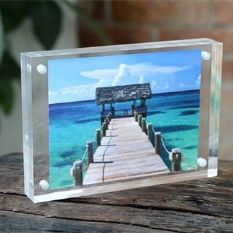 THZ Wholesales Acrylic Photo Frame 102x102mm Thickness 5+5mm Strong Magnet Clear Photo Frame Can Customize Any Size and Shape(China (Mainland))