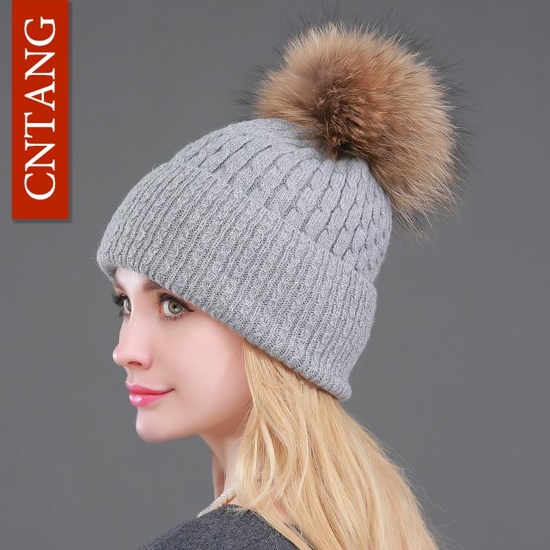 2016 Winter Knitted Wool Warm Cap Beanies Genuine Big Raccoon Fur Pompom Hat Fashion Women Casual Skullies Fur Hats For Ladies(China (Mainland))