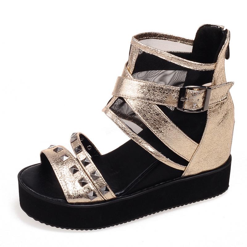 Stylish 2016 Women Sandals Nice Rivets Peep Toe 5cm Flat With Heels Sandals Elegant Black Gold Silver Shoes Woman US Size 4-10.5<br><br>Aliexpress