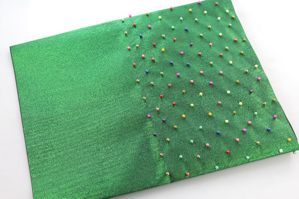 LS002 GREEN WITH COLORFUL BEADS