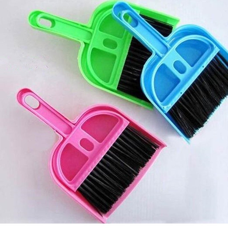 Hot sale 1 pc 19.5*12.8*3.2cm/ Office Home Car Cleaning Mini Whisk Broom Dustpan Set(China (Mainland))