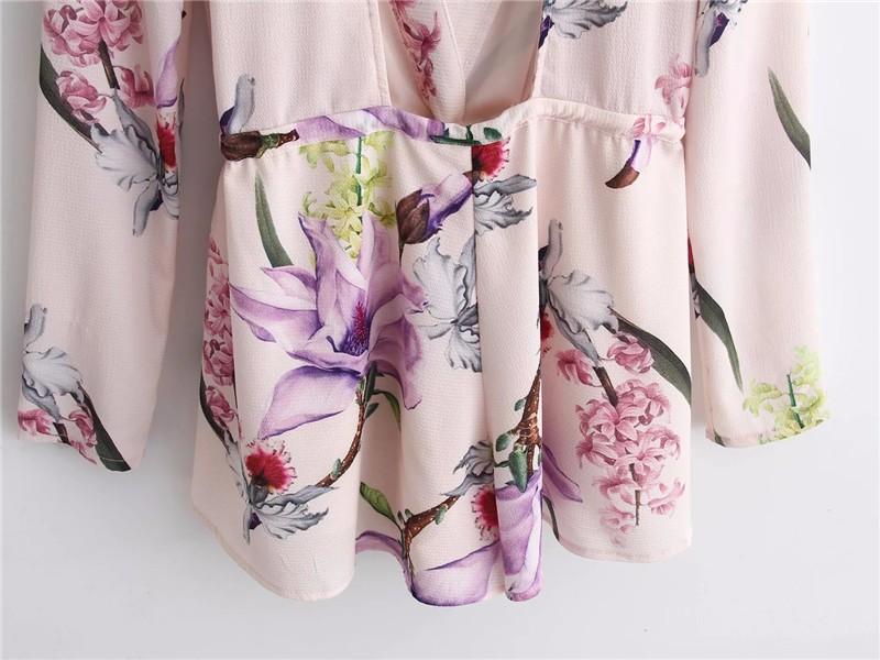 Apparel Sexy Deep V Neck Hollow Floral Elegant Jumpsuit Romper Summer Style Beach Short Playsuit Women guaze boho overalls YY323