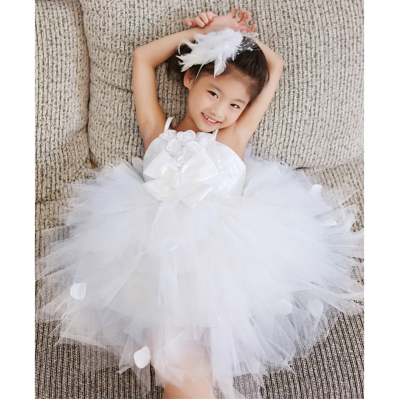 50% OFF! 2015 new girl's princess wedding dress female Children's one-piece baby girl year party ball flower - Super-Mom store