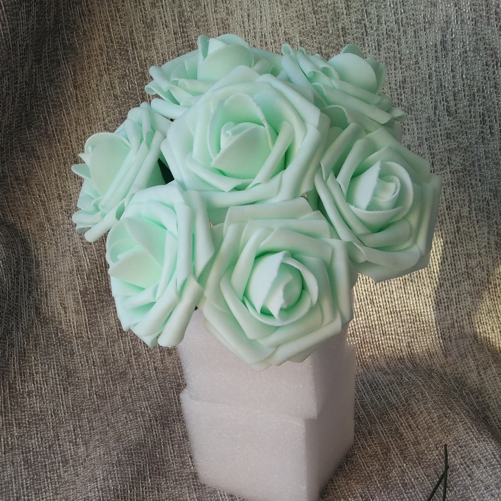 50 Pieces / Lot Mint Roses Artificial Flowers With Stem and Leaf PE Foam Mint Green Rose Flower Wedding Decorative V65(China (Mainland))
