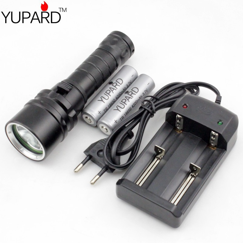 Diving diver Waterproof underwear lamp Flashlight CREE XM-L2 LED T6 LED  Torch Light +2*4200mAh 18650 battery+charger