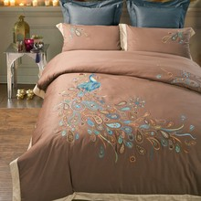 Brand Embroidery peacock pattern bedding 100% cotton high quality 4pcs bedding sets(duvet cover sheet and pillow case)(China (Mainland))