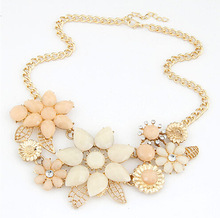 2015 New Fashionable Bright Flower Necklace Charm Rhinestone Necklace and Pendant gift Statement Necklaces Jewelry Wholesale