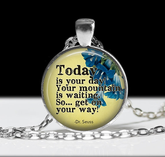 2017 new hot Sayings Joyas Dr. Seuss Pendant Charm Inspirational Colares Pixie Dust Glass Dome Long Necklace(China (Mainland))